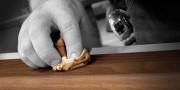 Pielęgnacja mebli woskowanych