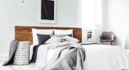 Funkcjonalność pojemnika pod łóżkiem – co w nim przechowywać